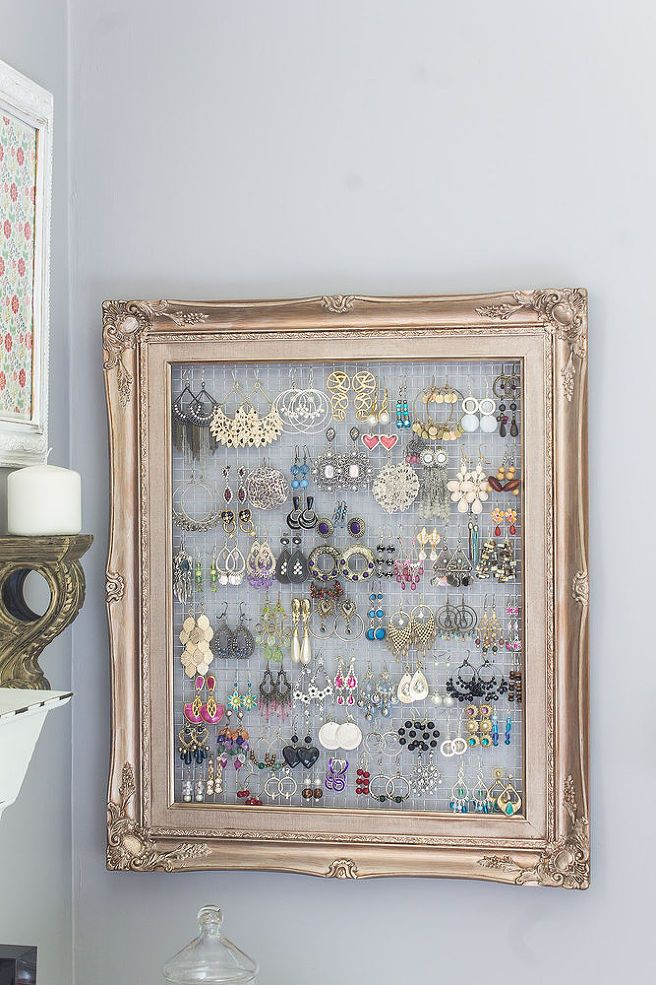 17 Amazing Ways to Reuse Old Picture Frames | TipHero